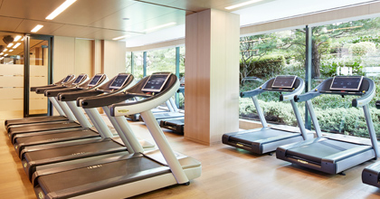 The ultimate combination of exercise and relaxation in the indoor gymnasium